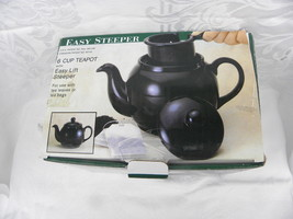 Black Easy Steeper 6-Cup Teapot with Easy Lift Steeper, New in the Box - $14.99