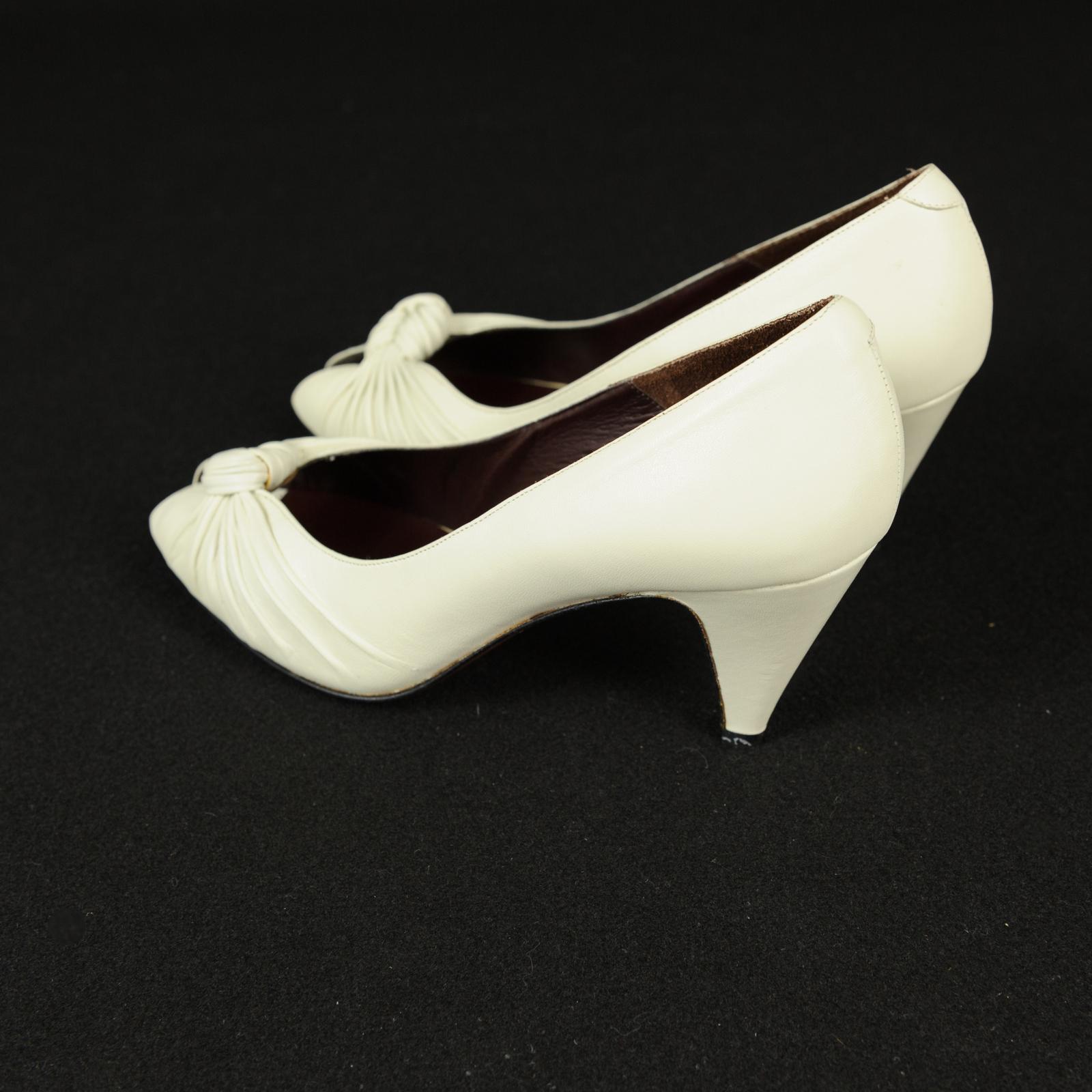 Italienische Designer Satin High Heel Pumps Schwarz Silber Kid Trim wie neu Größe 7M Artikel # 24 Schuhe & Stiefel