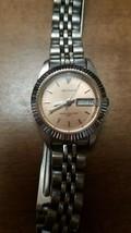 Waltham WK 040 Womens Wrist Watch Silver Tone With Diamond Needs Battery - $12.86