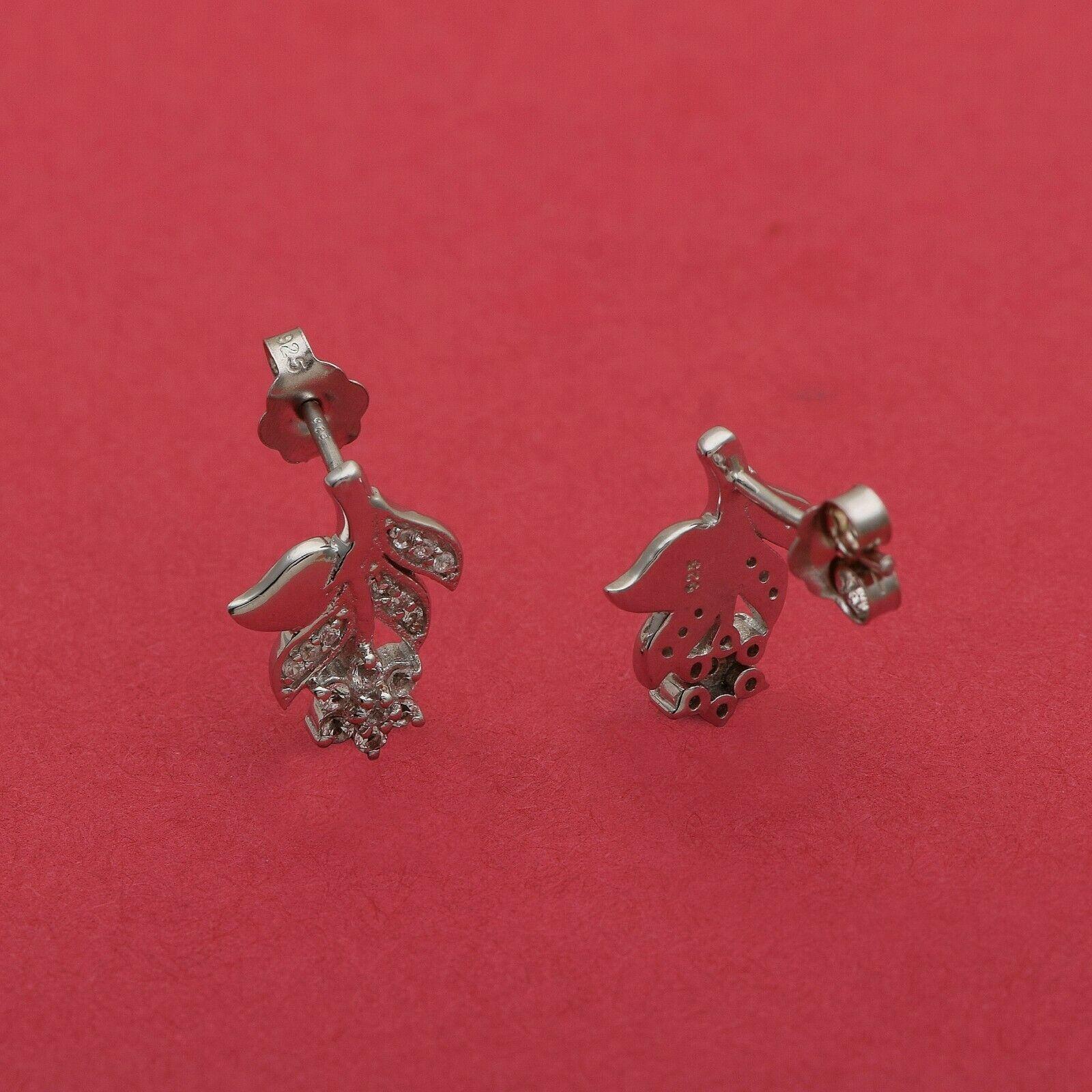 Solid 925 Sterling Silver Leaf Shape Star White Topaz Gems Nature Inspired Stud