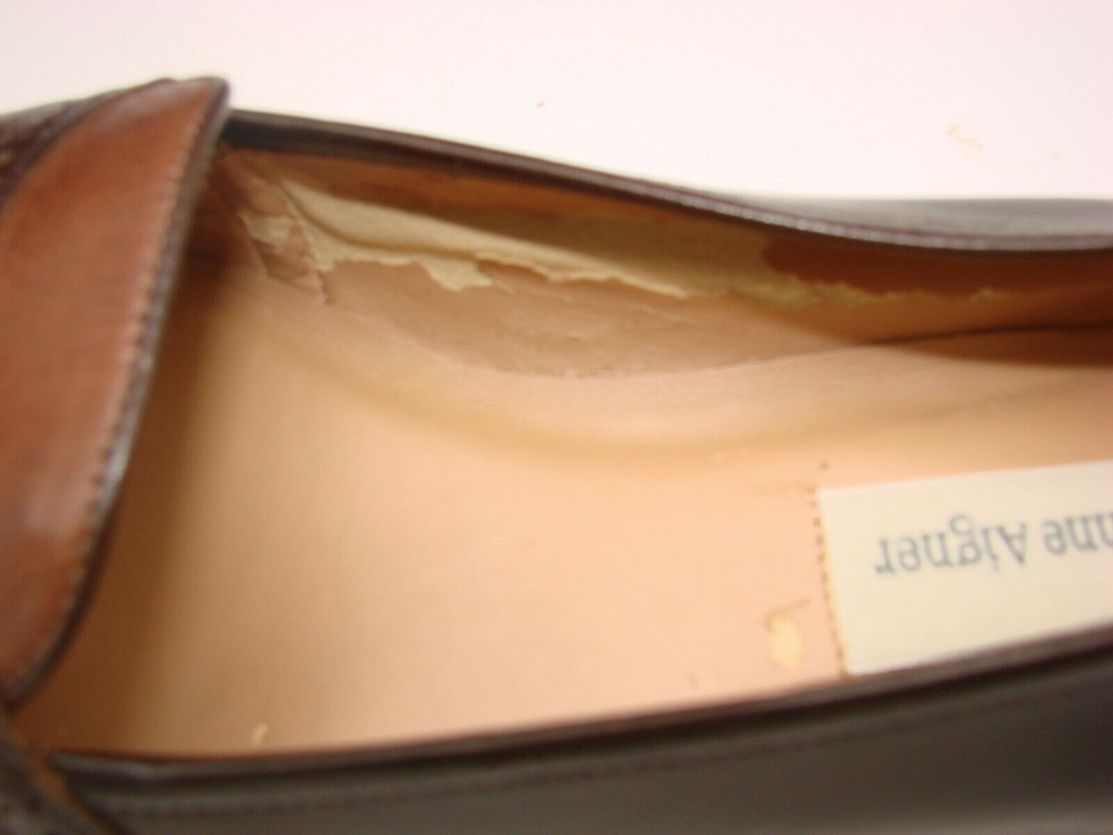 EUC Etienne Aigner Women's Two Tone  Slip on Loafer Casual, Career Size 81/2M image 2