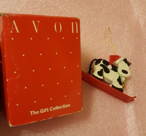 Avon Holly Jolly Cow Skiing Cow Christmas Tree Ornament • pre-owned • nice Cond