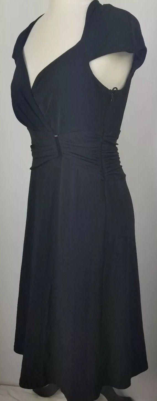 "Anne Klein ""Little Black Dress"" 6 Fitted V-Neck Stretch"
