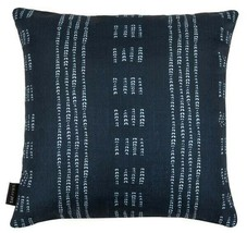 Madelyn pillow deep blue/white 16'' x 16'' safavieh w/zipper -N/with tagsstore image 1