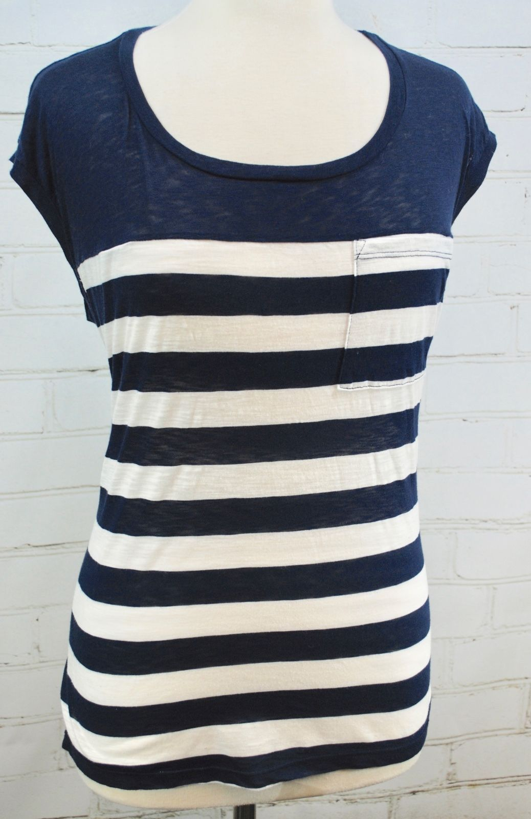 Splendid Striped T-Shirt Knit Tee Striped Cap Sleeve - Navy Blue Size Small