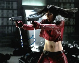 Autographed Milla Jovovich Signed Photo 8 x 10 - $17.59