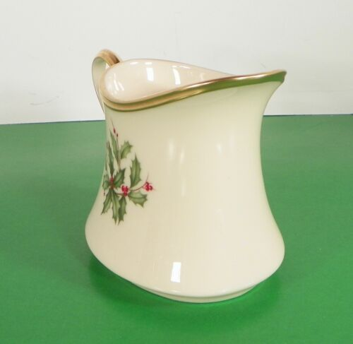 Lenox Dimension HOLIDAY Creamer and Sugar Bowl with Lid Holly Berry image 10