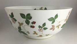 "Wedgwood Wild Strawberry Salad serving bowl 10 "" - $85.00"