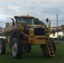 2010 AG-Chem Rogator 1184 Sprayer For Sale in Richmond, Ontario Canada K0A2Z0 image 3