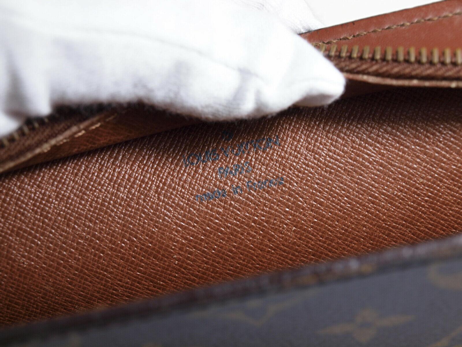 Auth LOUIS VUITTON Homme Monogram Canvas Leather Clutch Bag LP2525