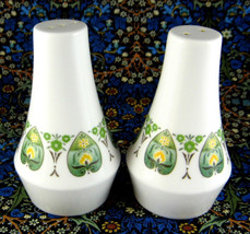 Noritake Progression Palos Verde Salt And Pepper Stylized Leaf Green 1970s Retro - $28.00