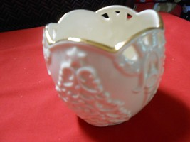 "Beautiful LENOX ""Merry Lights"" Votive Candleholder...FREE Postage - $14.44"