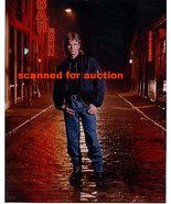 Richard Dean Anderson   MacGyver  8 X 10 Photo   25b - $14.99