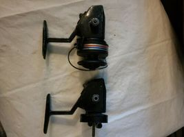 2 Vintage Swift 660 F Fishing Spinning Reels Pair Parts Repair image 4