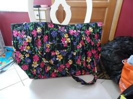 Vera Bradley Miller bag in Wild Flower Garden pattern EUC - $65.00