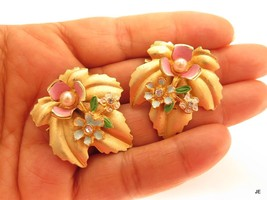 Vintage Pair of Matching Gold Plated Blue Pink White Flower Rhinestone P... - $24.70