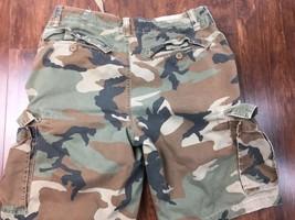 AMERICAN EAGLE Mens Size 34 Camo Cargo Shorts Light Fade & Distressed - $613,15 MXN