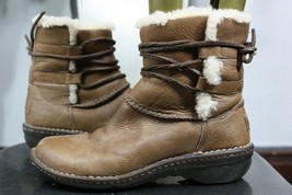 Ugg Capsia boots 7 sheepskin leather brown tan ankle 1932 - $50.00