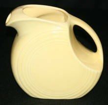 Fiesta Pale Yellow Juice Pitcher Fiestaware Disc No Damage - $22.01