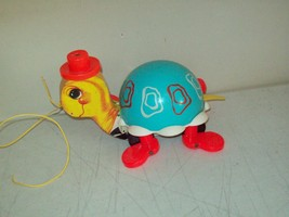Fisher Price tip toe Turtle pull toy American made 1962 no. 773 Excellent - $11.88