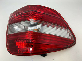2006-2008 Mercedes ML500 Driver Side Tail light Taillight OEM D26012 - $74.24