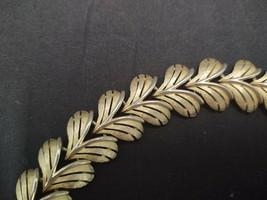 """Vintage Gold Tone Metal Trifari V Leaf Link Bracelet 7.5"""" Long X .75"""" Across - $33.24"""