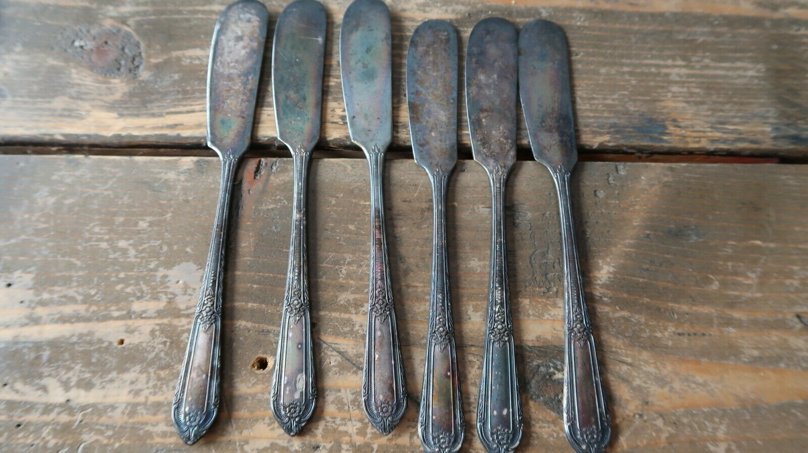 Primary image for Vintage Silverplate 1937 Cotillion by Wm Rogers Butter Spreaders Knives Set of 6