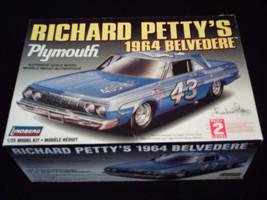Richard Petty's 1964 '64 Plymouth Belvedere #43~ Lindberg 1/25 car model... - $32.95
