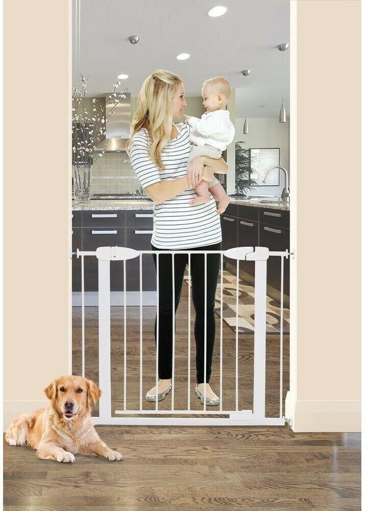 Dreambaby Baby Gate 29.5 in. H. Multipurpose Swinging Self-Locking Metal White image 2
