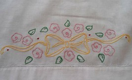 "Vintage Table Runner Yellow Embroidered Bows Pink Flowers 43"" Splasher T... - $11.29"