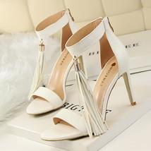 ps345 Cutie serpentine fringe sandals, US Size 4-8.5.white - $48.80