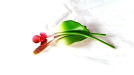 Delicate Vintage Enamel Pink Flower Green Leaf Brooch Pin - $11.39