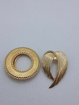 Vintage Signed Jeri-Lou Gold Tone Scarf Clip and Unsigned Circle Gold Tone Clip  - $5.90