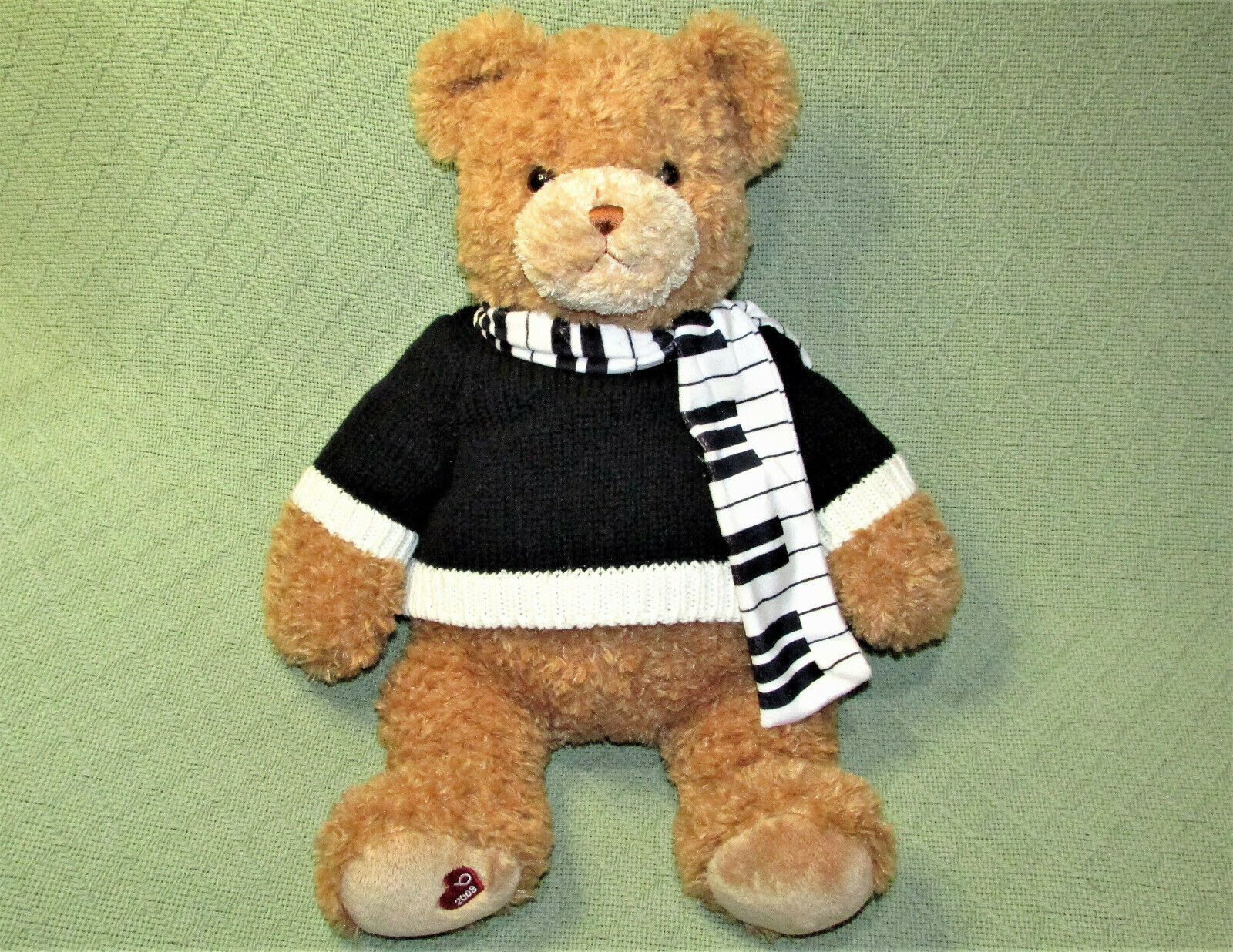 "Primary image for 18"" GUND BLOOMINGDALES LITTLE BROWN BEAR STUFFED ANIMAL 2008 TAN PIANO KEY SCARF"