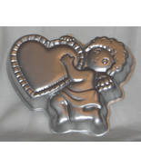 Wilton Cake Pan CUPID'S DELIGHT Valentine Pan 502-4262 1982 - $10.95