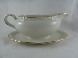 Bavaria Windsor Gravy boat With Attached Under Plate #21 Elegant style E... - $19.79