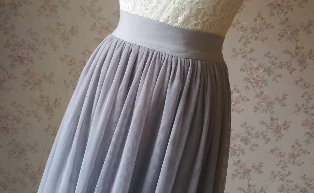 Light gray tulle skirt 8