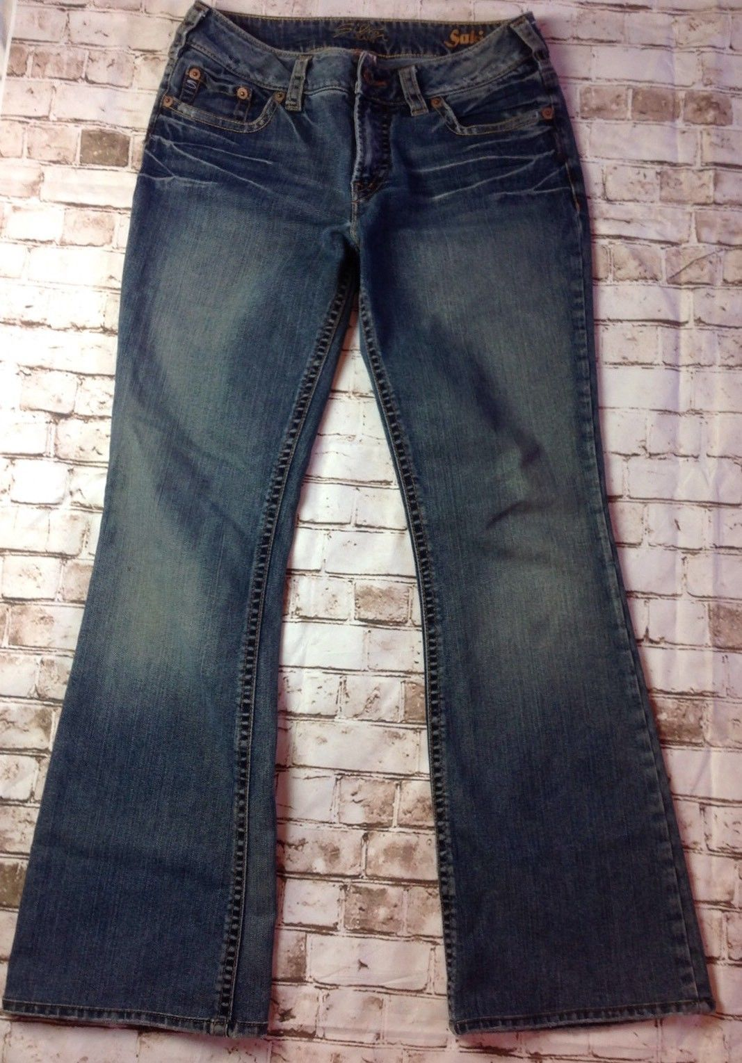 Primary image for SILVER SUKI Low Rise Boot Cut Stretch Jeans Lt. Distress Womens  Sz 30 W 31 L 30