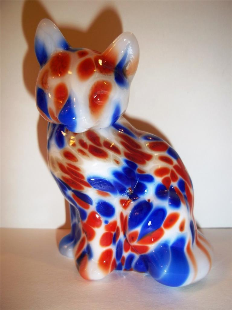 Fenton Glass Fetty RED WHITE & BLUE PATRIOTIC HOLLOW BLOWN SITTING CAT GSE!