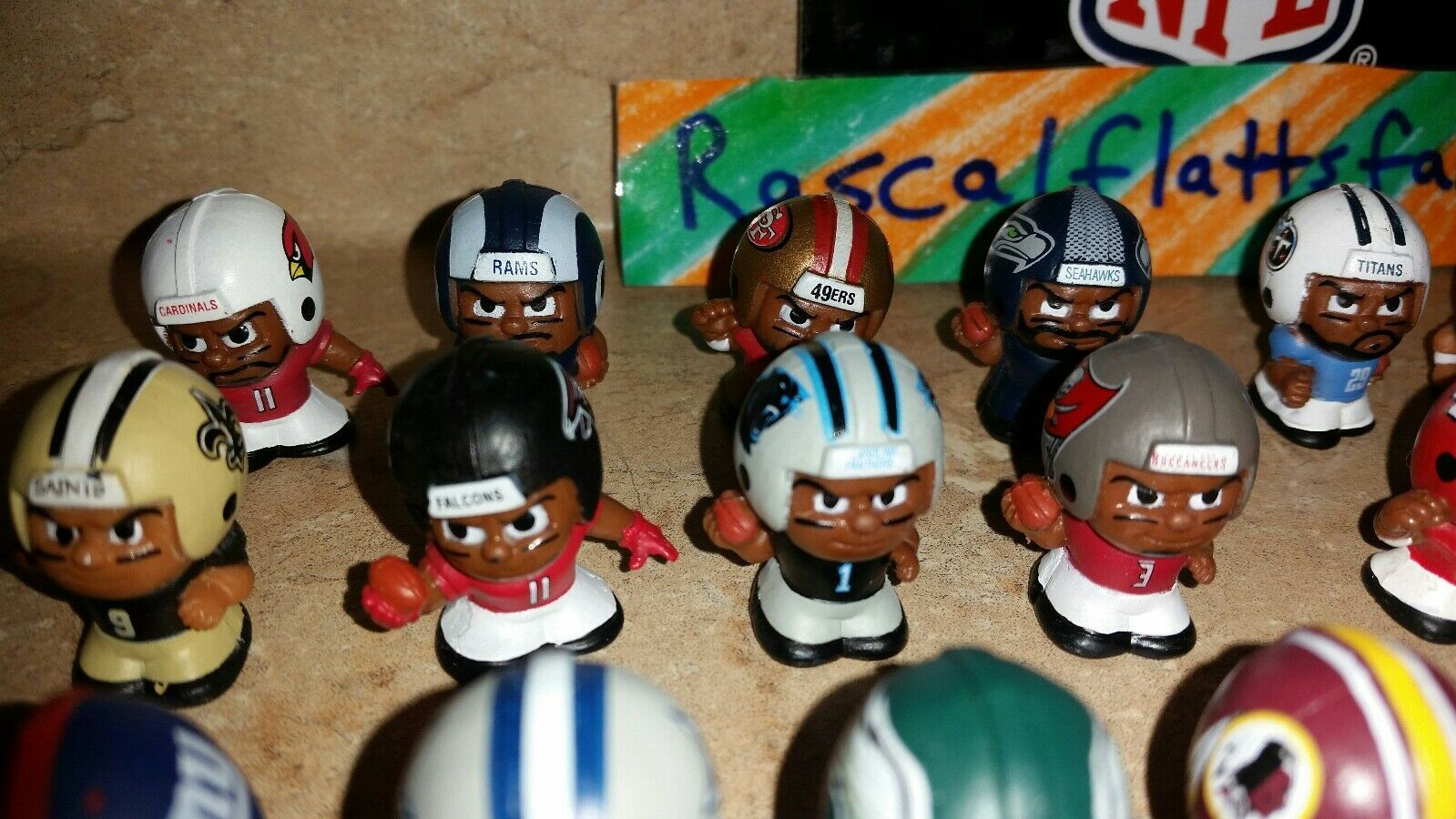 2017 NFL TEENYMATES SERIES 6 FOOTBALL - PICK YOUR FOOTBALL TEAM FIGURE NEW NEW!! image 4