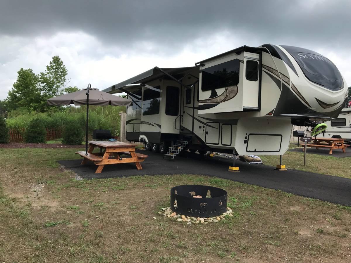 5th Wheel Grand Design 2017 For Sale In Ocala Florida 34473