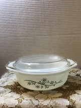 Vintage Pyrex 043 promotional Green Honeysuckle Casserole Dish with Lid  - $14.00