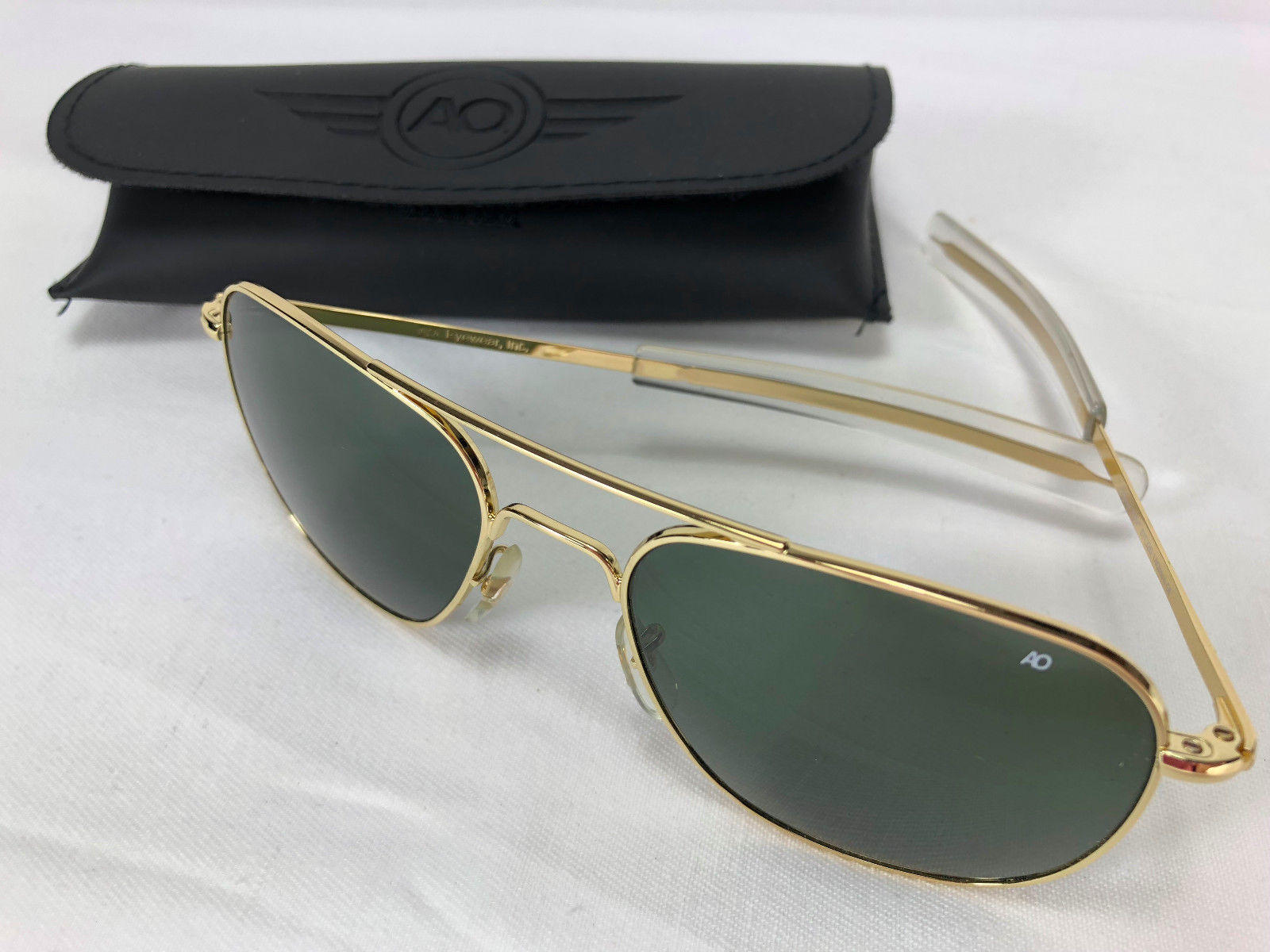 1d50f7fca9f S l1600. S l1600. AO Original Pilot 57mm Gold Frame with Bayonet Temples   True  Color Green Glass. Free Shipping
