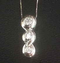 """14K Gold Layer On Solid Silver Cubic Zirconia 3 Round Charm Free Chain 18"""" - $19.85"""