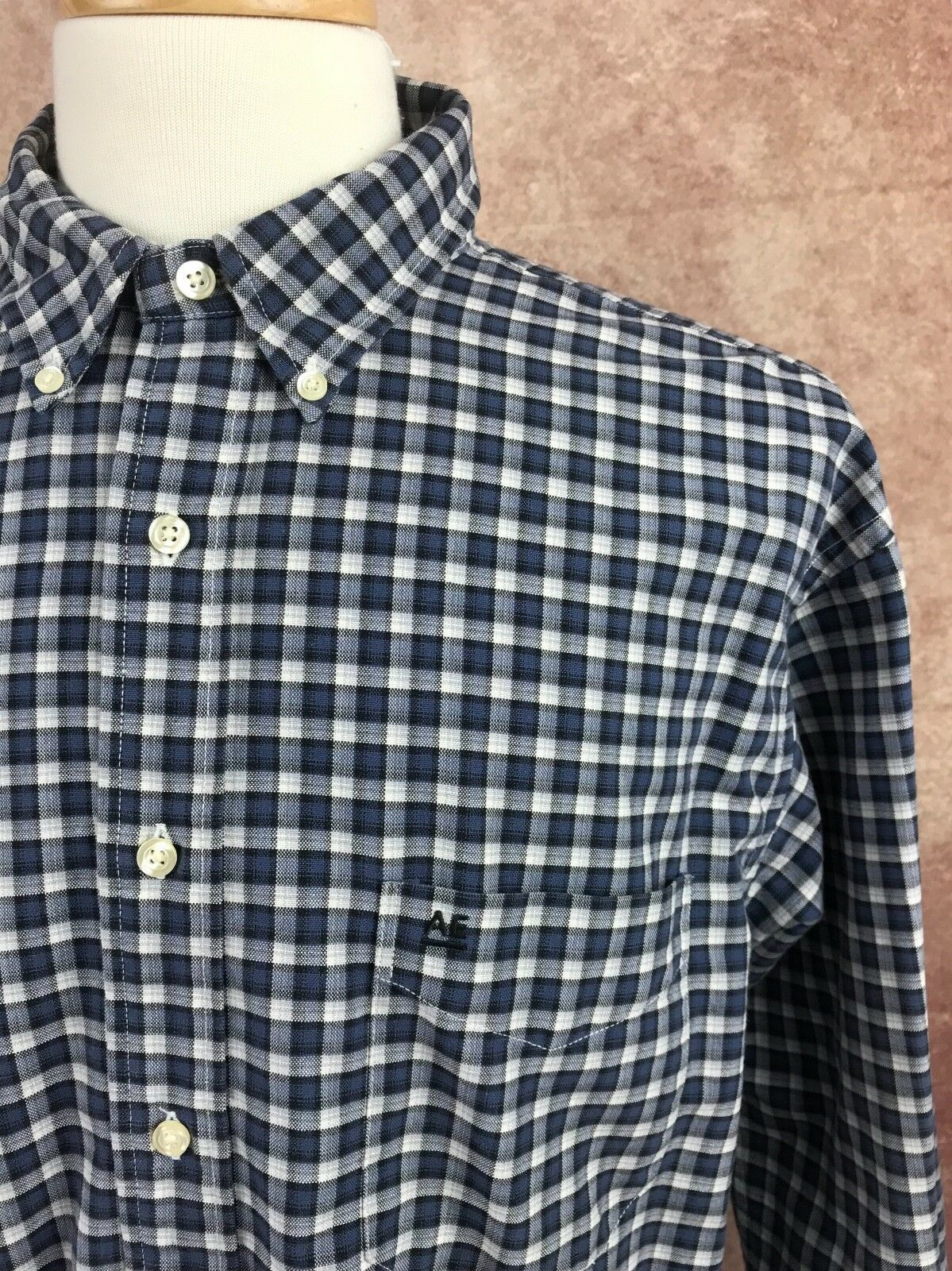 American Eagle Outfitters Men's Rugged Oxford Navy Blue White Check Shirt Large image 2