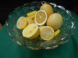 Beautiful Crystal CENTERPIECE BOWL with FREE Lemons - $14.44