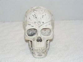 2000 TRIBAL CELTIC WHITE CERAMIC SKULL With RAISED TATTOO DESIGN ASHTRAY... - $14.99