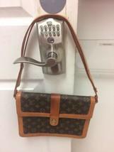 Louis Vuitton Vintage Cross Body Shoulder Handbag Pocketbook Purse - $247.49