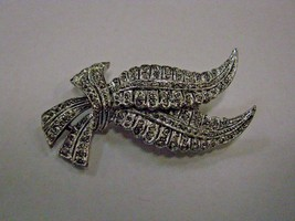 BROOCH marked GERRY'S silver color feather  BROOCH - $5.93