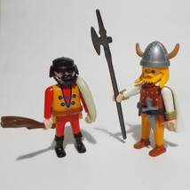 Playmobil 2 Figures Viking Highwayman 3633 With Accessories 1993 - $14.84